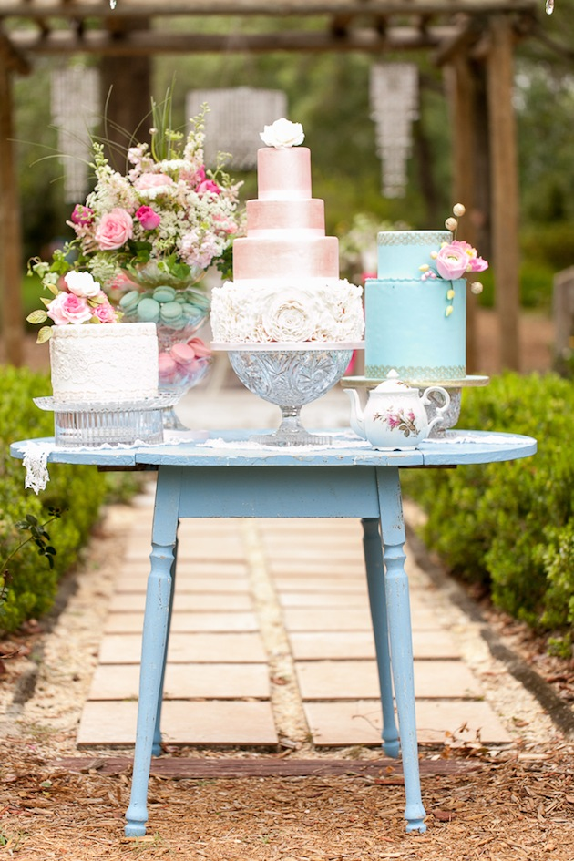 Bumby Photography, Harmony Gardens, Dogwood Blossom Stationery, Cake Display