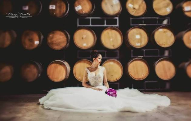 claire-pacelli-photography-at-quantum-leap-winery-italian-carnevale-bride