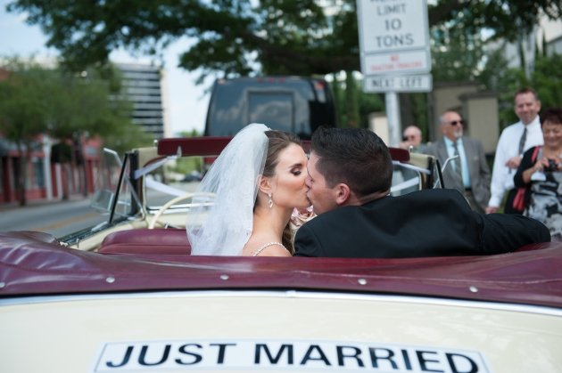 Scott Craig Photography, Dogwood Blossom Stationery, Orlando weddings, just married