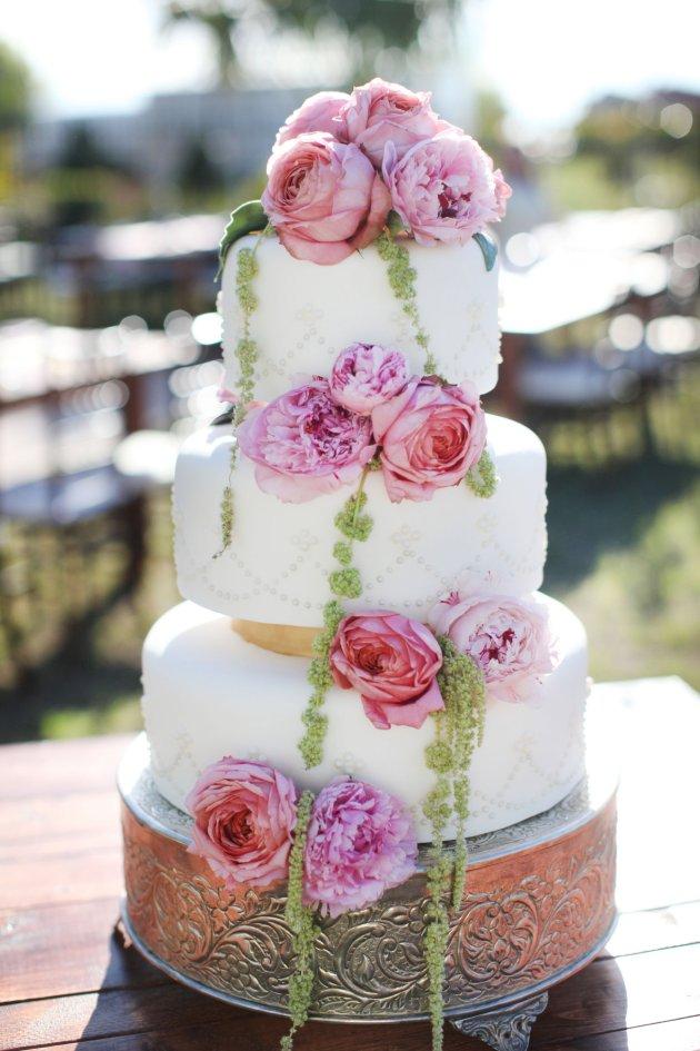 Wings of Glory Photography, Dogwood Blossom Stationery, Orlando Weddings, cake