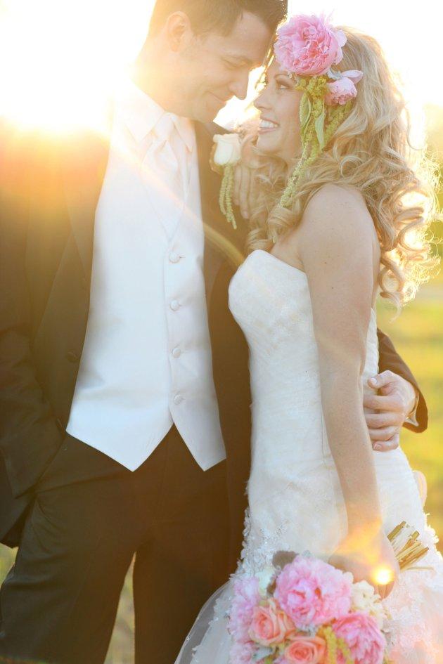 Wings of Glory Photography, Dogwood Blossom Stationery, Orlando Weddings, couple