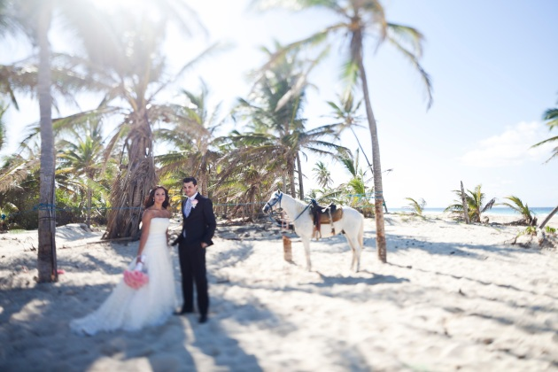 Sara Kauss Photography, Dogwood Blossom Stationery, Orlando weddings, bride and groom on beach