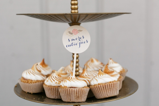 Bumby Photography, Dogwood Blossom Stationery, Orlando weddings, dessert sign