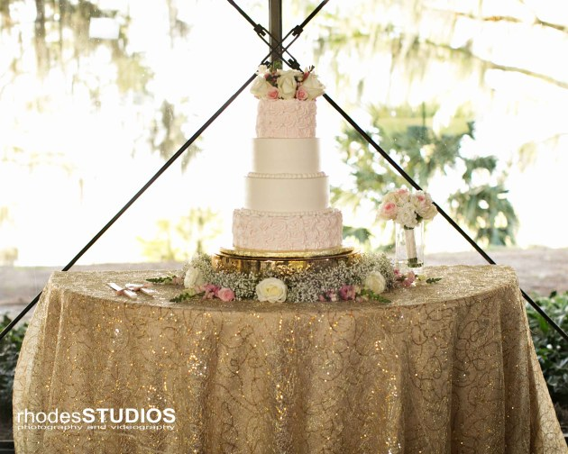 Rhodes Studios Photography, Dogwood Blossom Stationery, Mission Inn Resort, pink wedding cake, gold wedding linen