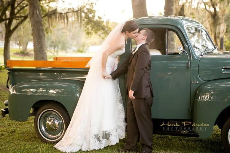 Henk Prinsloo Photography, Up the Creek Farms, Dogwood Blossom Stationery, Orlando weddings, vintage wedding