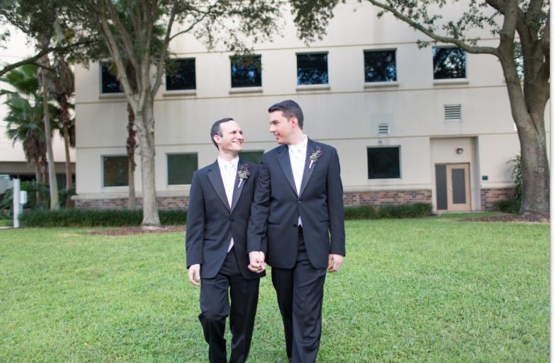 Thompson Photography Group, Dogwood Blossom Stationery, Orlando Science Center, Orlando weddings, blue wedding ideas