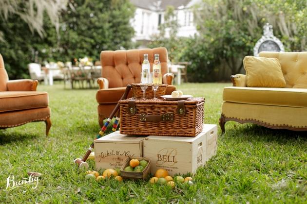 Bumby Photography, Peachtree House, Dogwood Blossom Stationery, Orlando, Citrus Wedding, Orange Wedding, Vintage Furniture Vignette