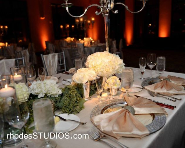 White and cream wedding table decor